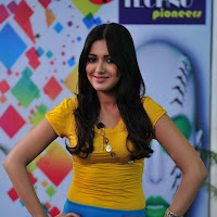 hot Katherine latest pics