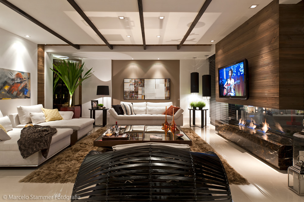 Sala De Estar Luxo ~  de seda eletrodomésticos high tech e tendência no segmento de luxo