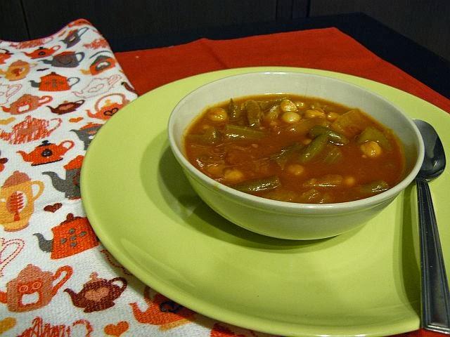 Marokańska zupa z ciecierzycą