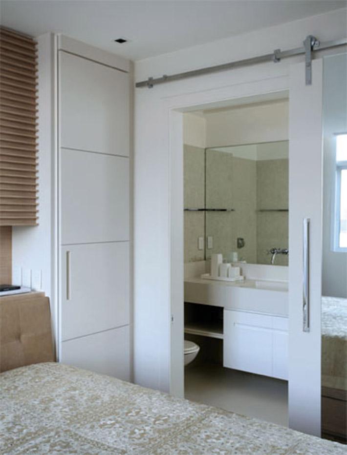 Portas de correr substituem paredes e muito mais!  Comprando Meu Apê  Compr -> Banheiro Pequeno Porta De Correr