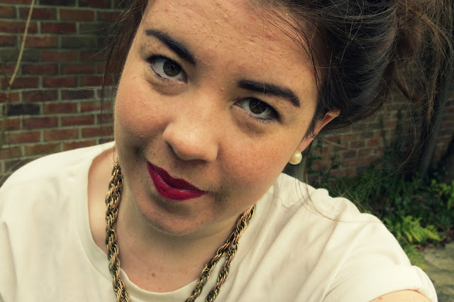 a photo of my face of the day wearing rimmel 107 kate moss lipstick and a topshop gold necklace