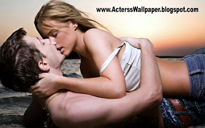 Hot Couple Hot Love Kissing Scene Very Hot Sexy Kiss 2014 Wallpapers