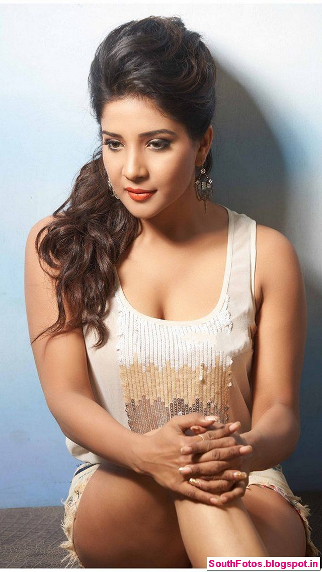 Sakshi Agarwal Hot Photos