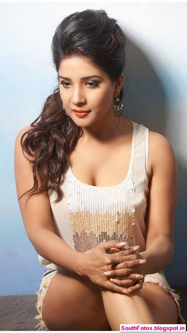 Sakshi Agarwal Hot Photos