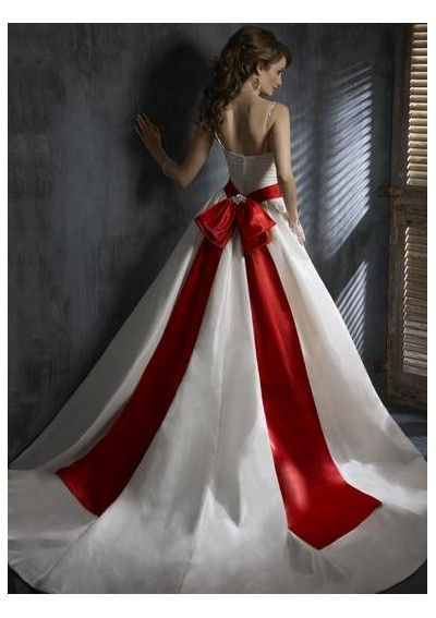 Perfect Red Wedding Dress 400 x 567 · 44 kB · jpeg