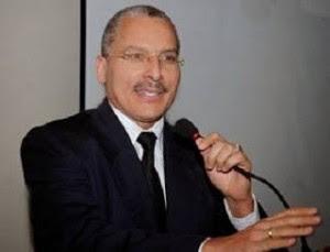 Juezb Rafael Ciprian degradado  del Tribunal Superior Administrativo a primer sustituto en sala de trabajo DN  denuncia chantaje y autoritarismo