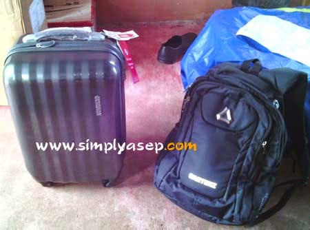 American Tourister Esteem Ultra Travel Bag