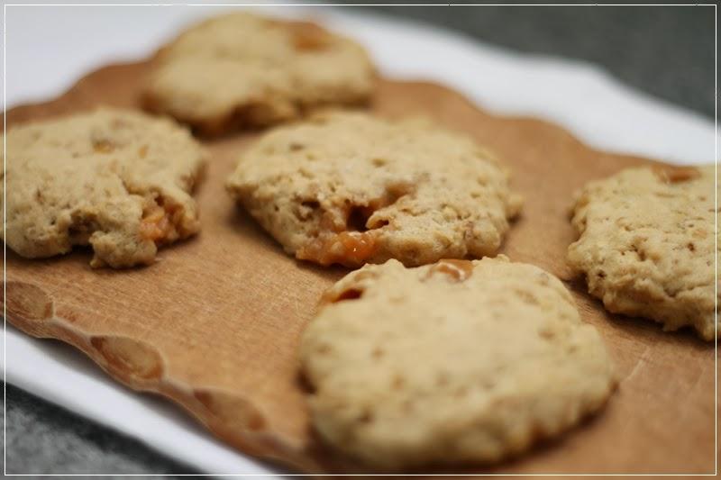 mein leben und das backen cookies karamell haferflocken cookes. Black Bedroom Furniture Sets. Home Design Ideas
