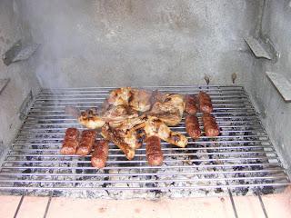 fripturi, retete, gratare, gratar, friptura, mititei, gratar de mici, mici, friptura de pui si ciuperci la gratar, retete culinare, retete de mancare, gratar de pui, retete cu pui, retete de pui, preparate din pui, mancaruri cu pui, retete pentru gratar, diete, cure, preparate culinare, carne de pui la gratar, retete cu carne de pui,