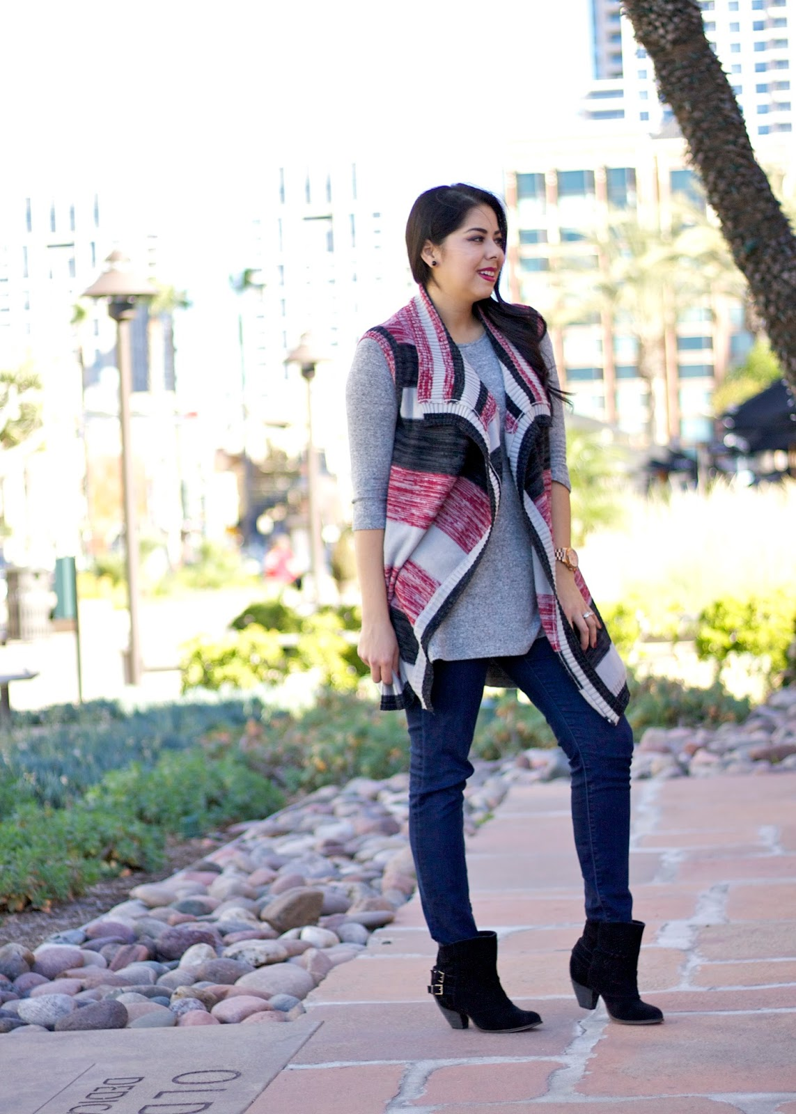 Perfect Fall Outfit 2015, booties with skinny jeans, grays and burgundy outfit, san diego fall outfit