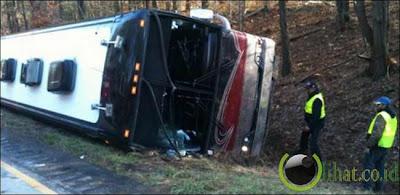 Miley Cyrus Bus Insiden
