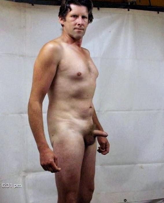 Grande pênis em uma pequena vagina