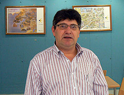 José Antonio, hospitalero del albergue de peregrinos de la Xunta de Galicia de Lugo.