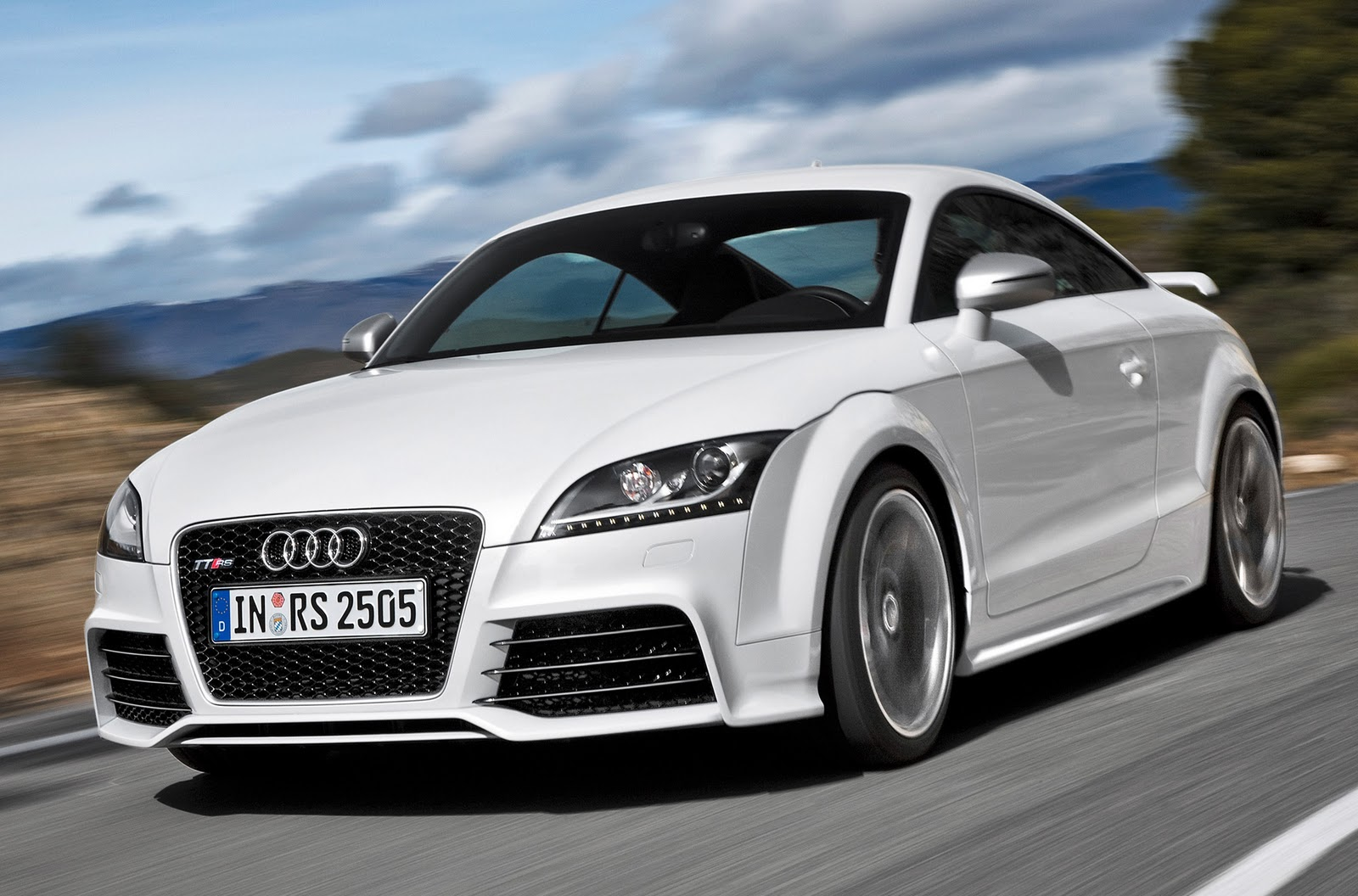 Audi Tt Rs Fast White Car Wallpaper 226 Car Wallpaper
