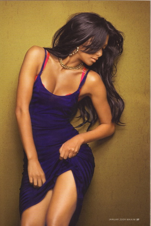 Nicole Scherzinger latest hot pics