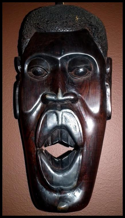 maska eben - Tanzánie
