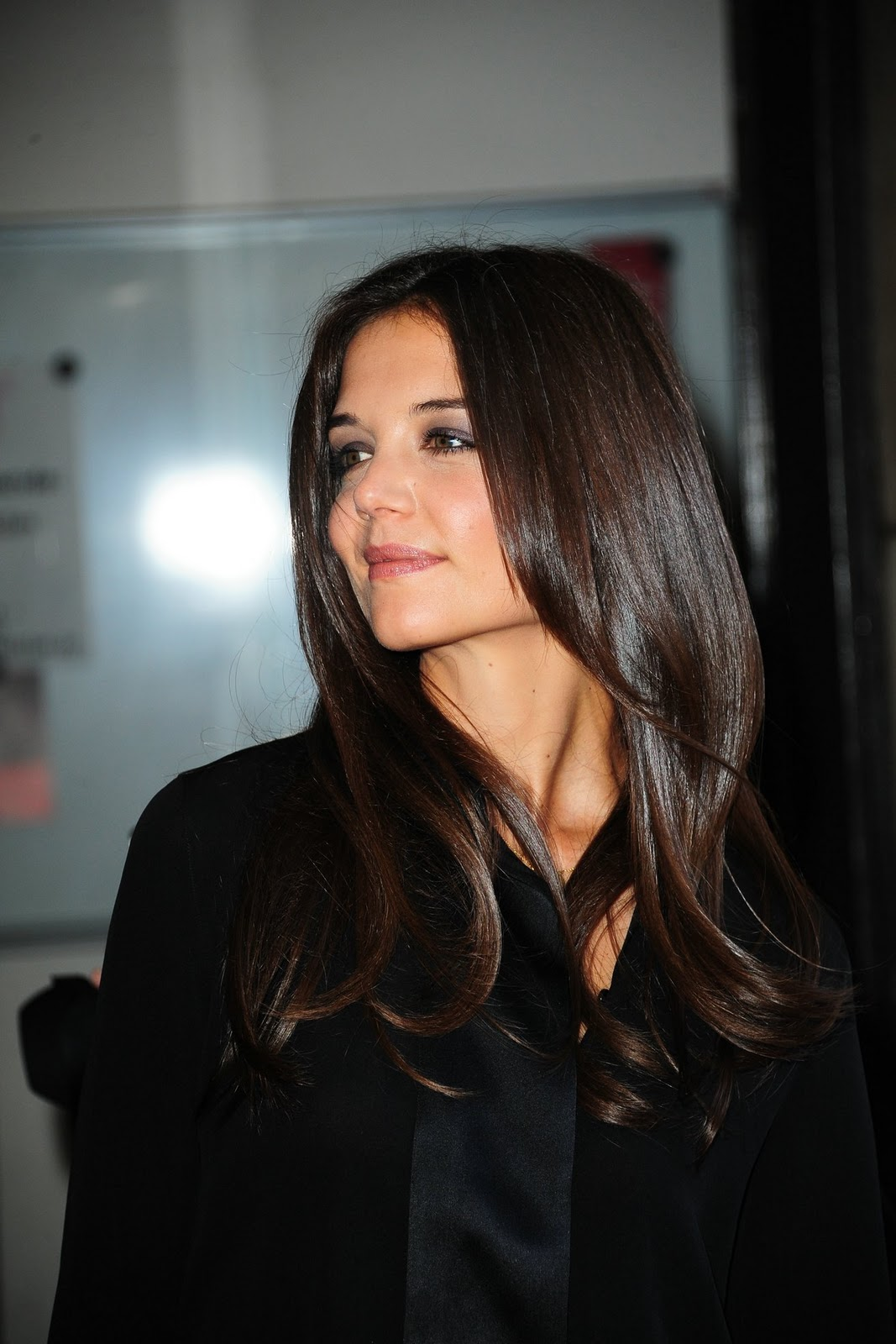 Katie Holmes In Different Hair Look Fashionista Trends