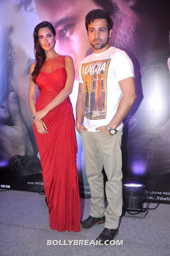 Esha Gupta in red gown -  Esha Gupta in Red Gown at Success bash of 'Jannat 2'