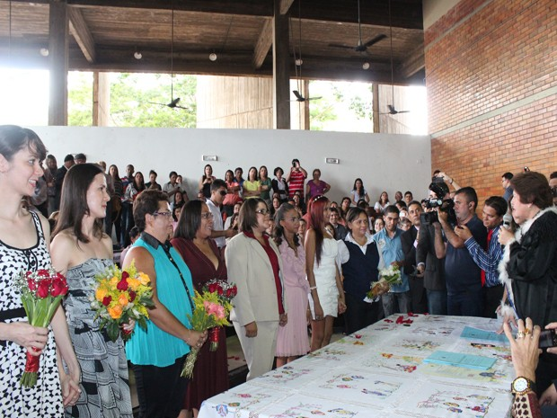 Casais se unem oficialmente em primeiro casamento igualitário do Piauí (Foto: Gilcilene Araújo)