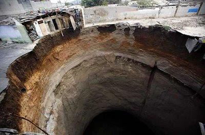 GUATEMALA3 Dahsyatnya 8 Lubang Besar di Bumi ini