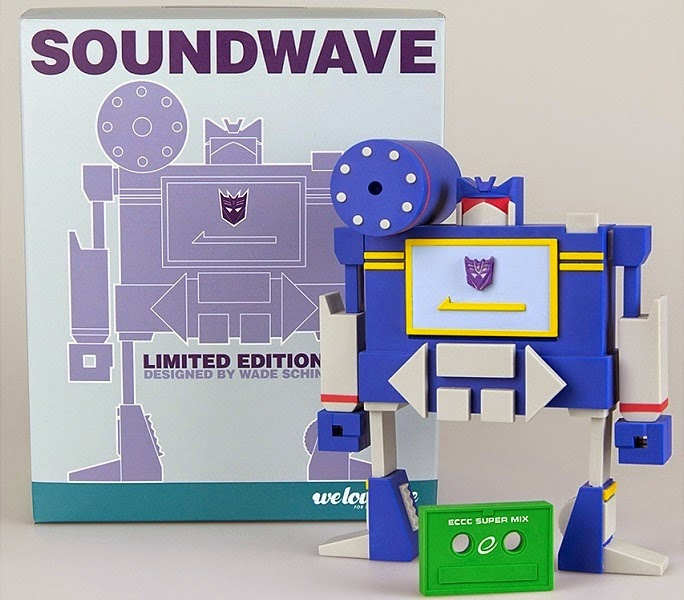 Emerald City Comicon 2015 Exclusive Soundwave Transformers Vinyl Figure by WeLoveFine & Wade Schin