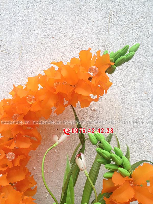 Mẫu hoa lan pha lê