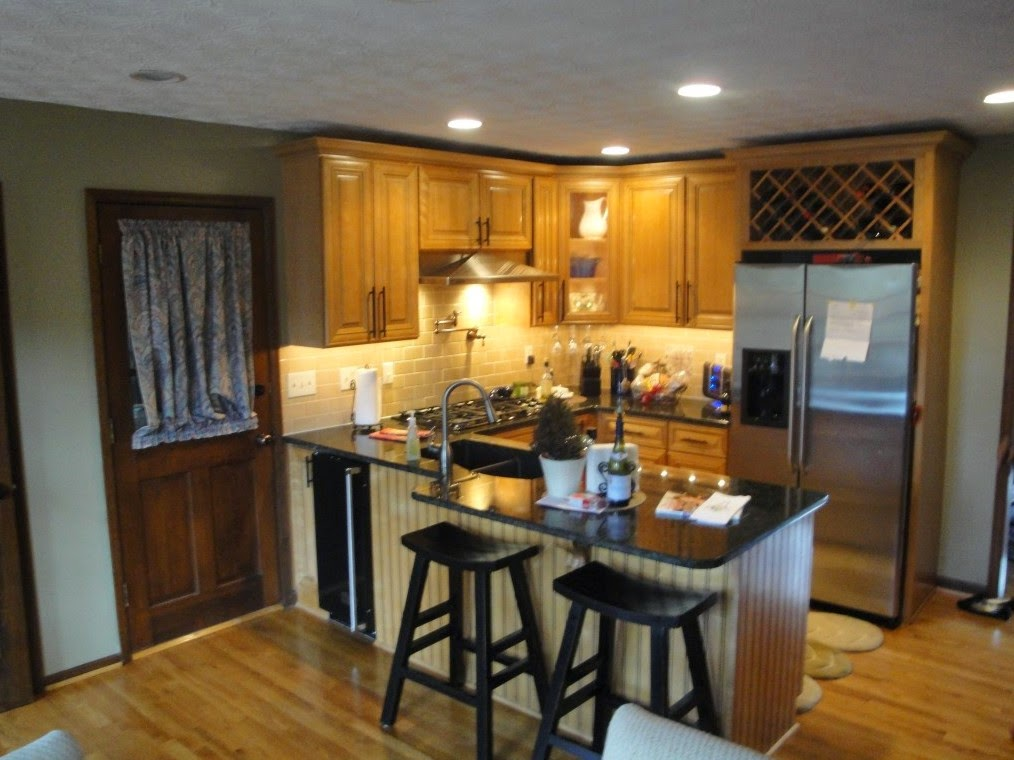 Small kitchen remodel on a budget home design inside for Renovate a kitchen on a budget