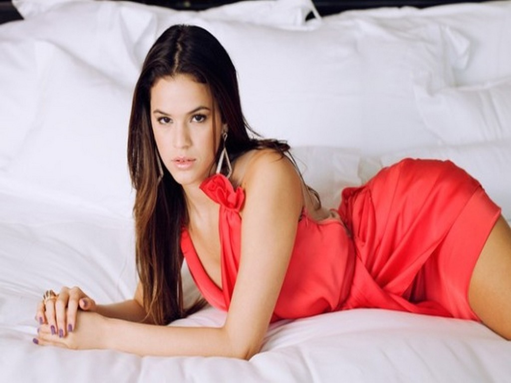 Labels: bruna-marquezine photos , Hot Girls Wallpaper