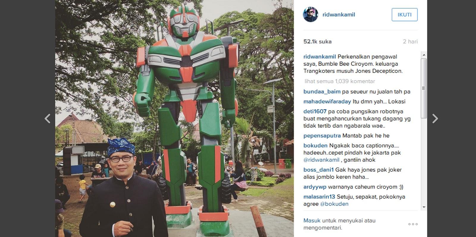 Robot transformers angkot di Bandung