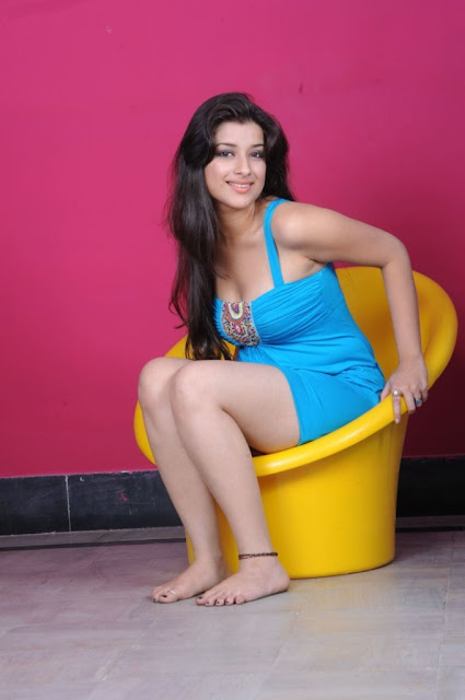 Cute & Sexy Madhurima