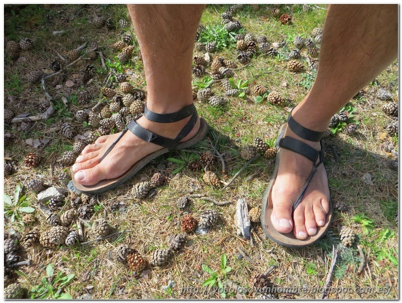 Mis pies y mis Enix Sandals 100 después de 39 km.