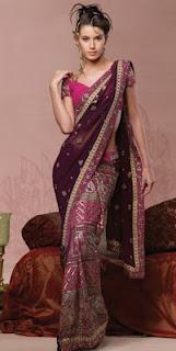 Girls+Wear+Sari+005