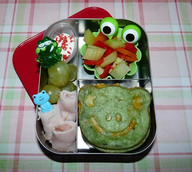 frog cutezcute lunchbots