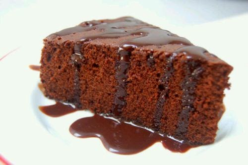 resep dan cara membuat cake coklat yg enak lembut dan renyah ialah ...