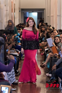 She Dazzle In Her Own Way~: Peplum Kurung