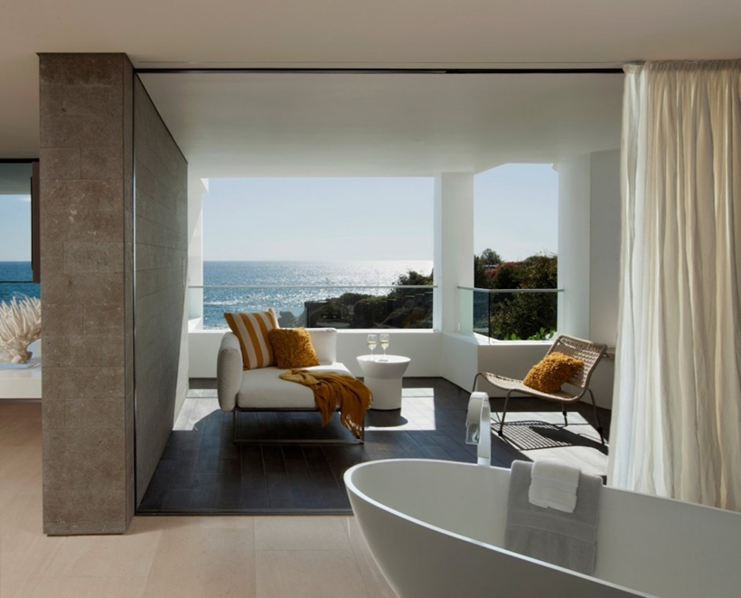 Bathroom in Romantic home above the ocean, California
