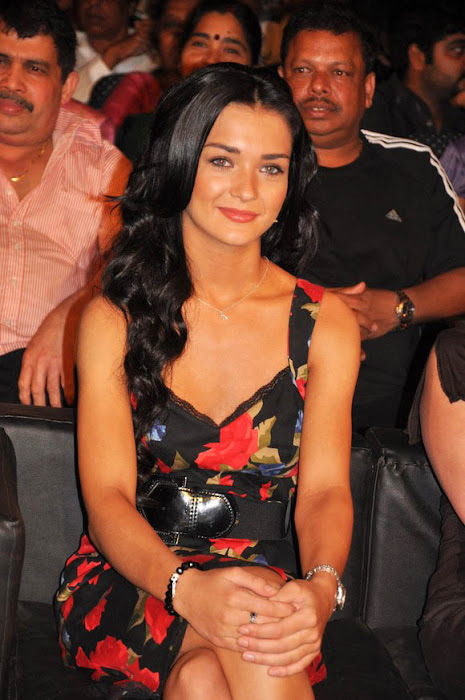 amy jackson at deiva thirumagan movie audio launch photo gallery