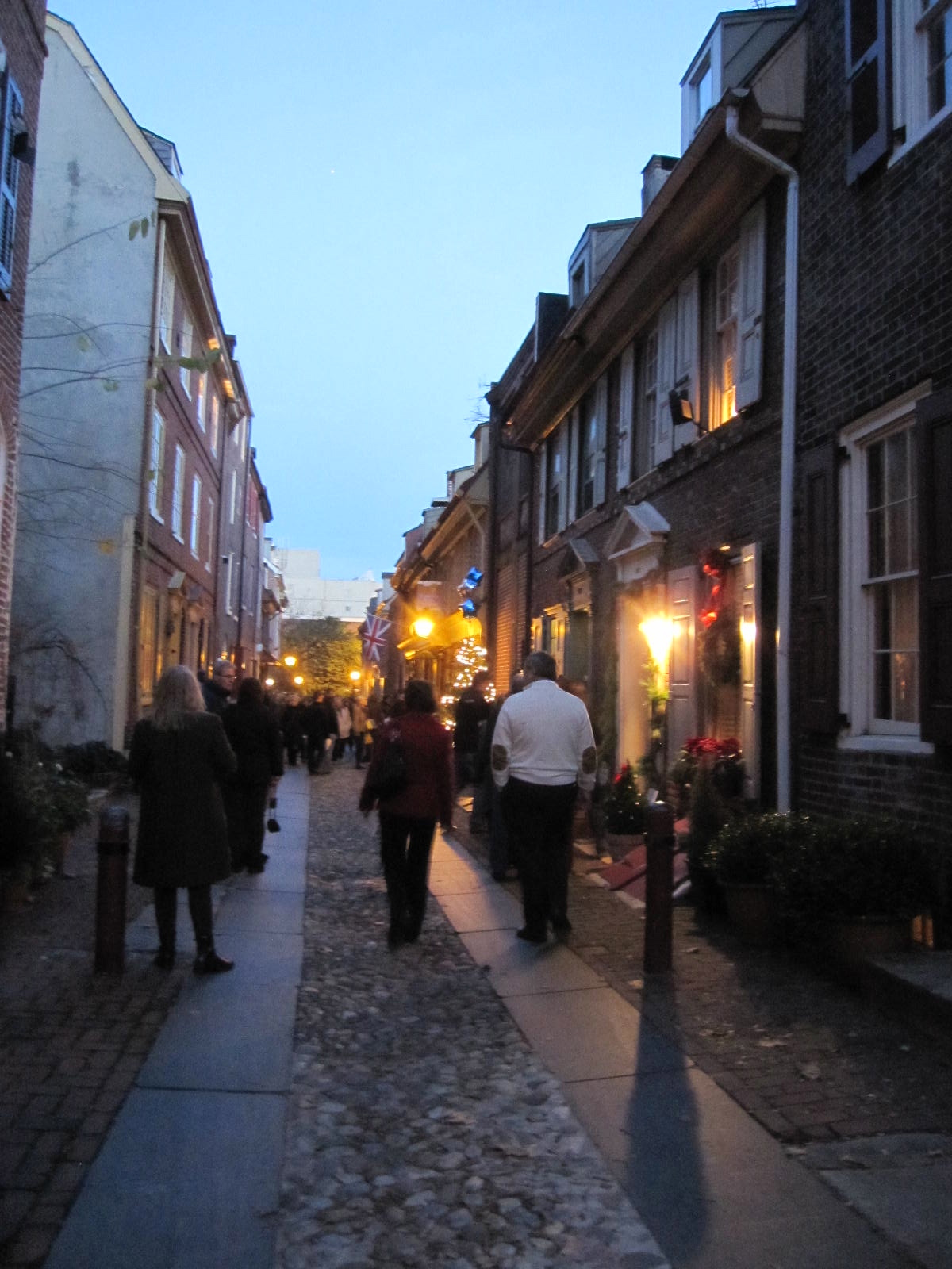 Elfreth S Alley Christmas Tour