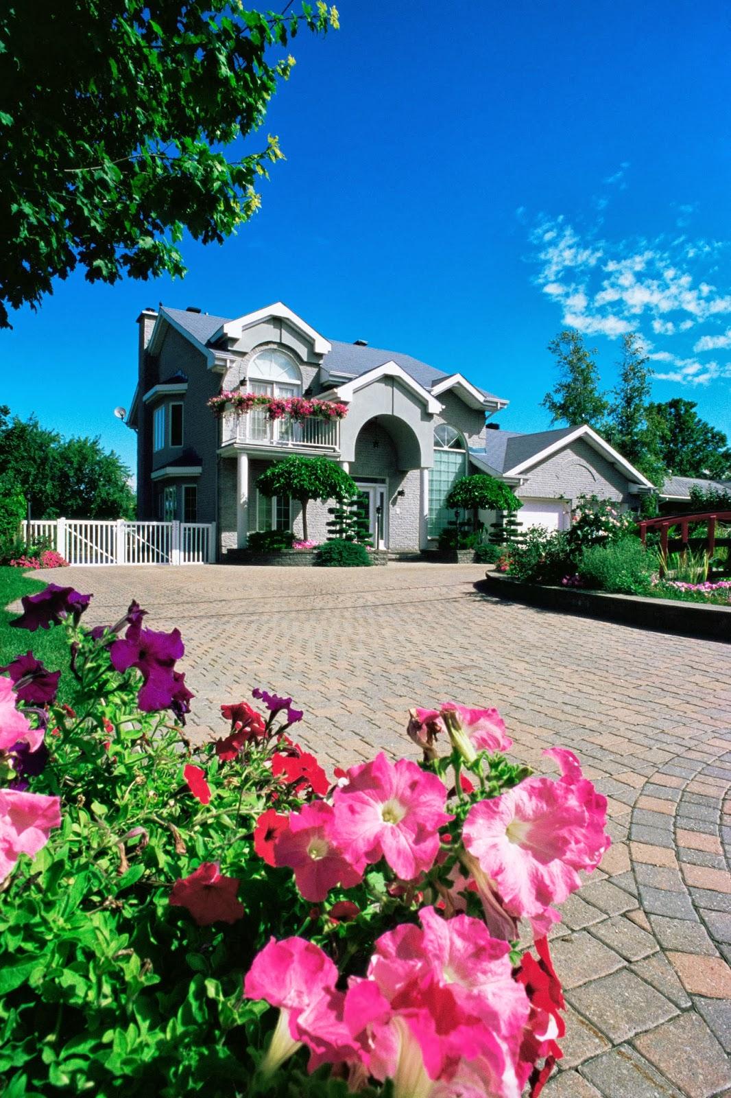 Banco de im genes 12 fotos gratis de casas residencias for Imagenes de jardines de casas