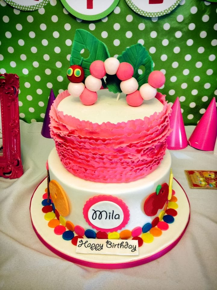 pink the very hungry caterpillar cake