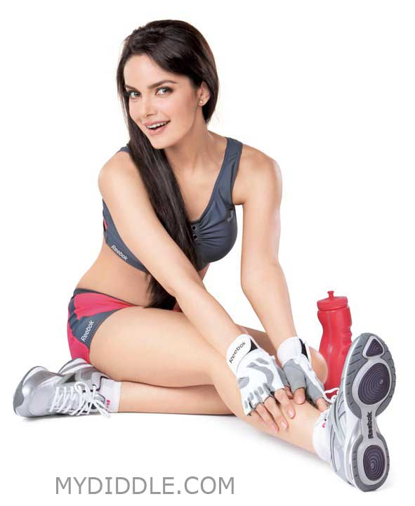 Gym Workout Pics - Hot Wallpaper  Shazahn Padamsee 
