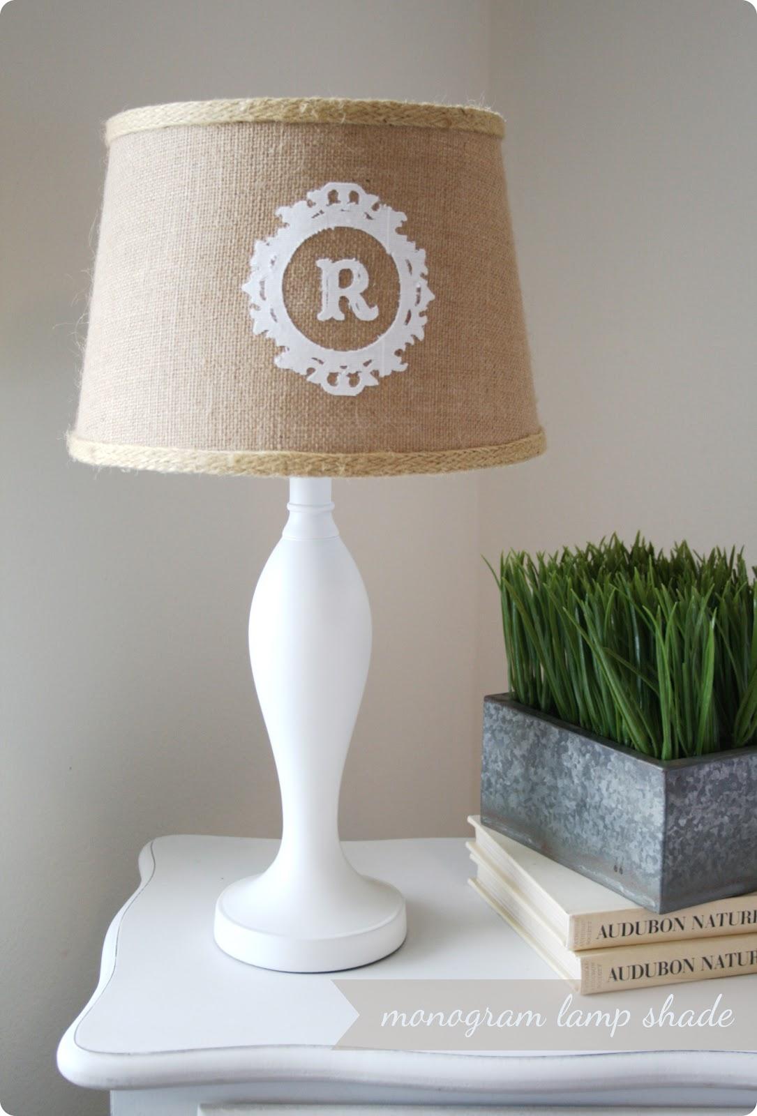 http://3.bp.blogspot.com/-okkumG45cx8/T2ZHOeHKSWI/AAAAAAAAAlg/bBKs6UbeF1k/s1600/monogram_lamp.jpg