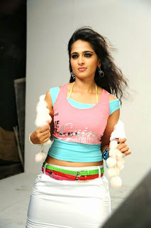 Anushka Shetty in a trendy Skirt and dance movies wow cute beauty anushka shetty