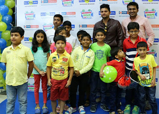 Cricket Star Suresh Raina with kids in mumbai