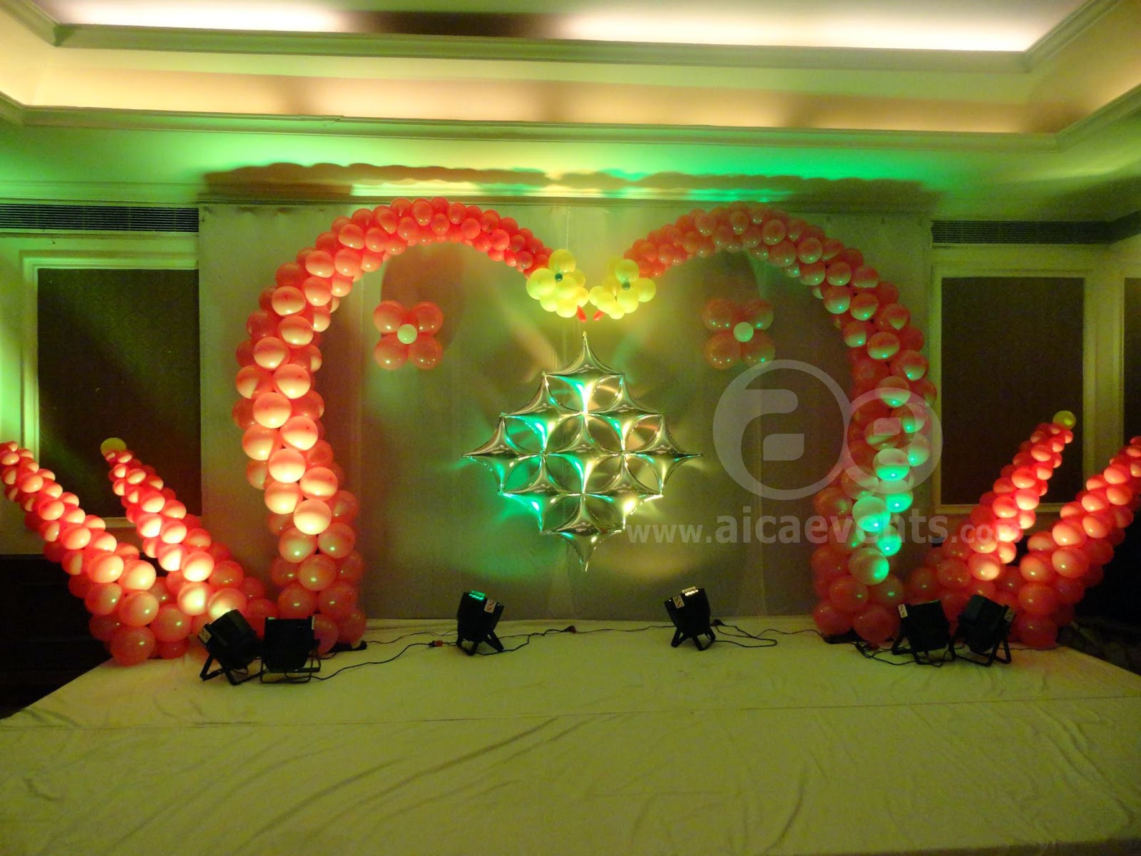 Aicaevents india balloon decorations with different stage for Balloon decoration for stage