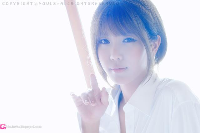 Heo-Yun-Mi-Between-the-Sheets-01-very cute asian girl-girlcute4u.blogspot.com