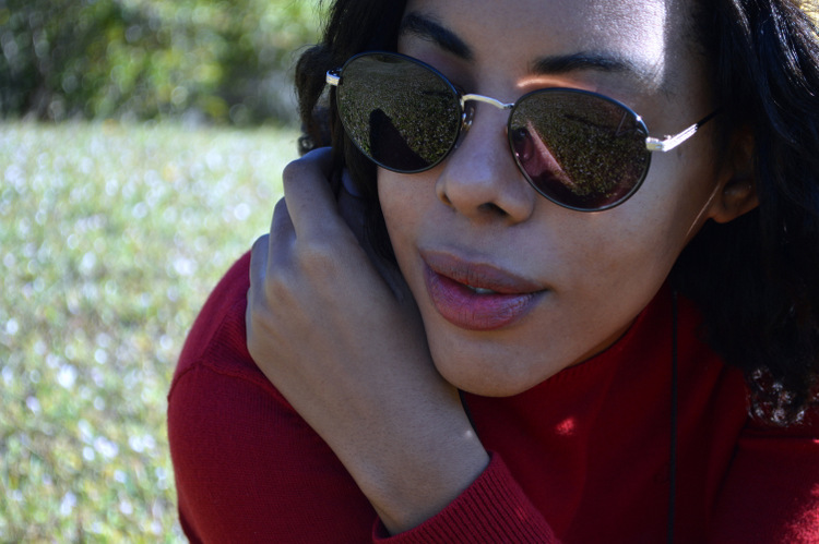 Fashion Blogger Anais Alexandre of Down to Stars in a vintage ralph lauren sweater and vintage American Apparel sunglasses