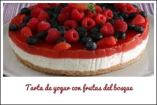 Tarta De Yogur Con Frutas Del Bosque