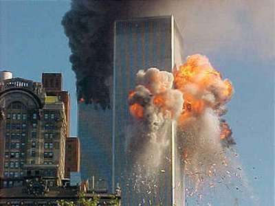 http://3.bp.blogspot.com/-olYoiLWbIeY/TaOIsZ_086I/AAAAAAAAADU/lljgfJaLgO8/s1600/9-11-plane-crash-twin-towers-new-york-2.jpg
