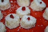 http://godtsuntogbillig.blogspot.fr/2014/01/dessert-banan-kokos.html